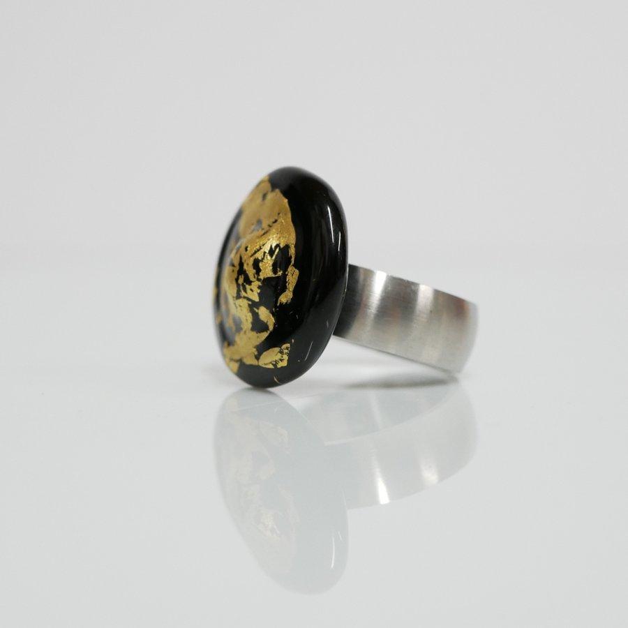 anello nero oro
