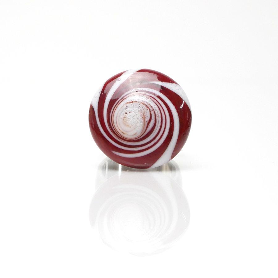 Ring rot-weiß