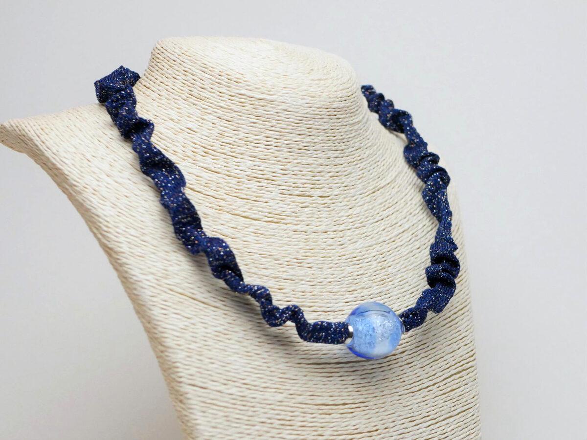 Kette blau Materialmix