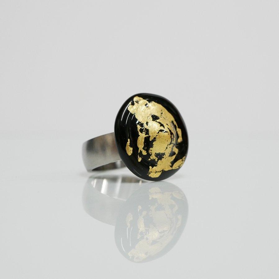Ring schwarz gold