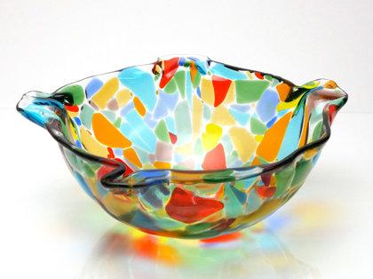 Ciotola di vetro colorato